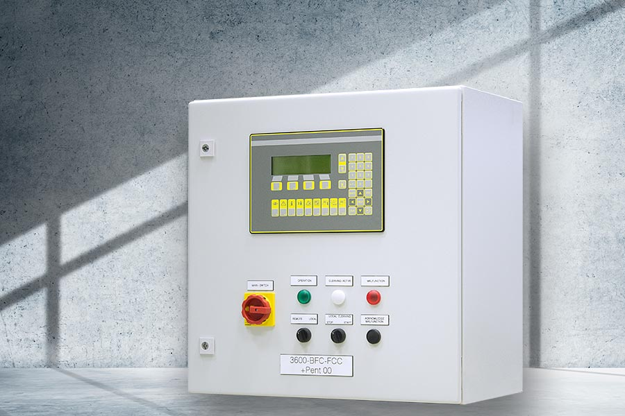 Control cabinet with cleaning control for large filter systems